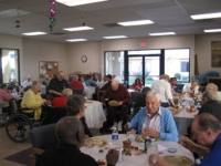 lunch-and-games-with-the-seniors